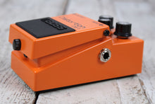 Load image into Gallery viewer, Boss DS-1 Distortion Effects Pedal Electric Guitar and Keyboard Effects Pedal