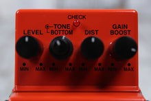 Load image into Gallery viewer, Boss MD-2 Mega Distortion Electric Guitar Effects Pedal Gain Boost w FREE Cables