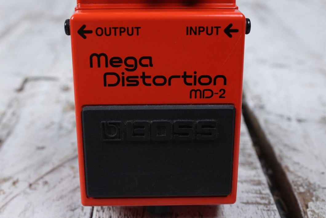 Boss MD-2 Mega Distortion Electric Guitar Effects Pedal Gain Boost w FREE Cables