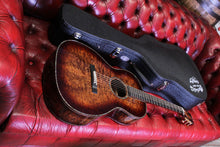 Load image into Gallery viewer, Martin 2018 Custom Shop 000-12F Exceptional Koa Acoustic Guitar w Hardshell Case