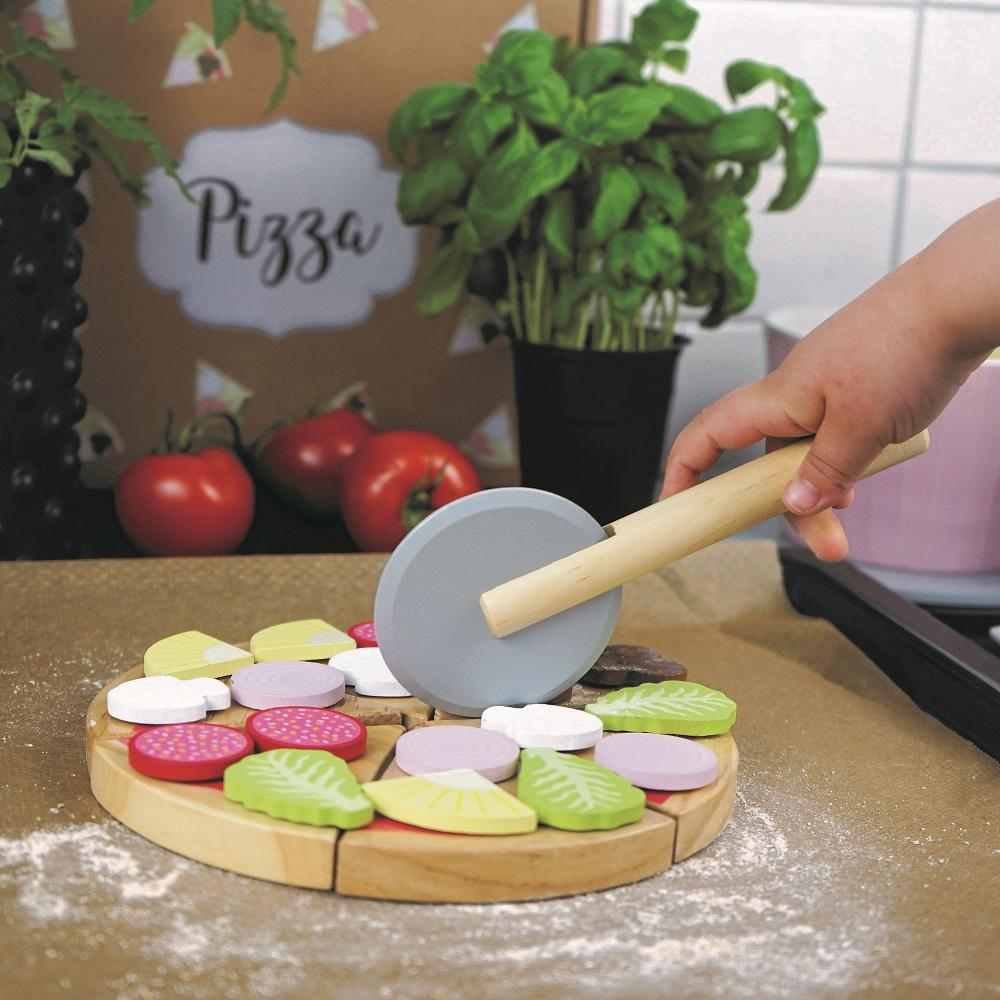 wooden play pizza