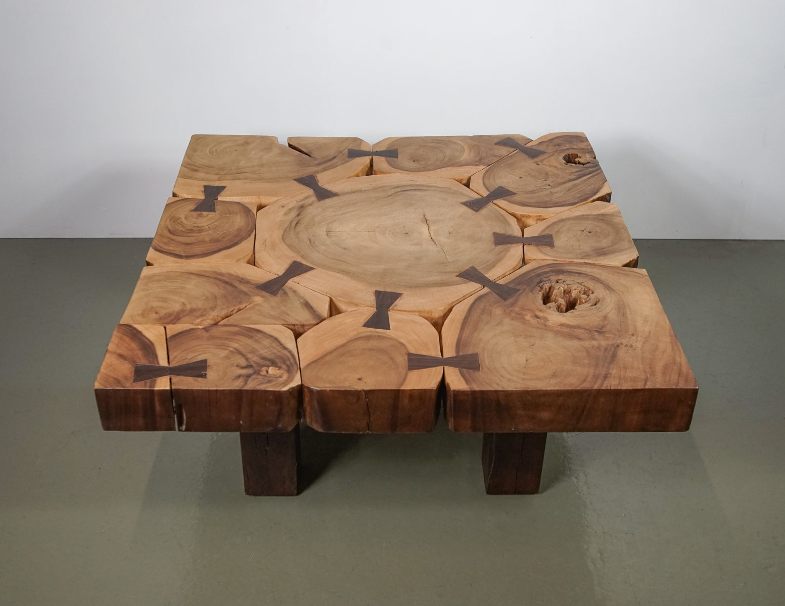 (Fast No-Contact Delivery) Bespoke Wooden Log Coffee Table