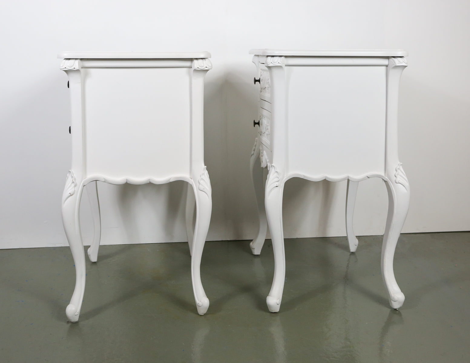 Urban Living French Country Nightstands (2 units)
