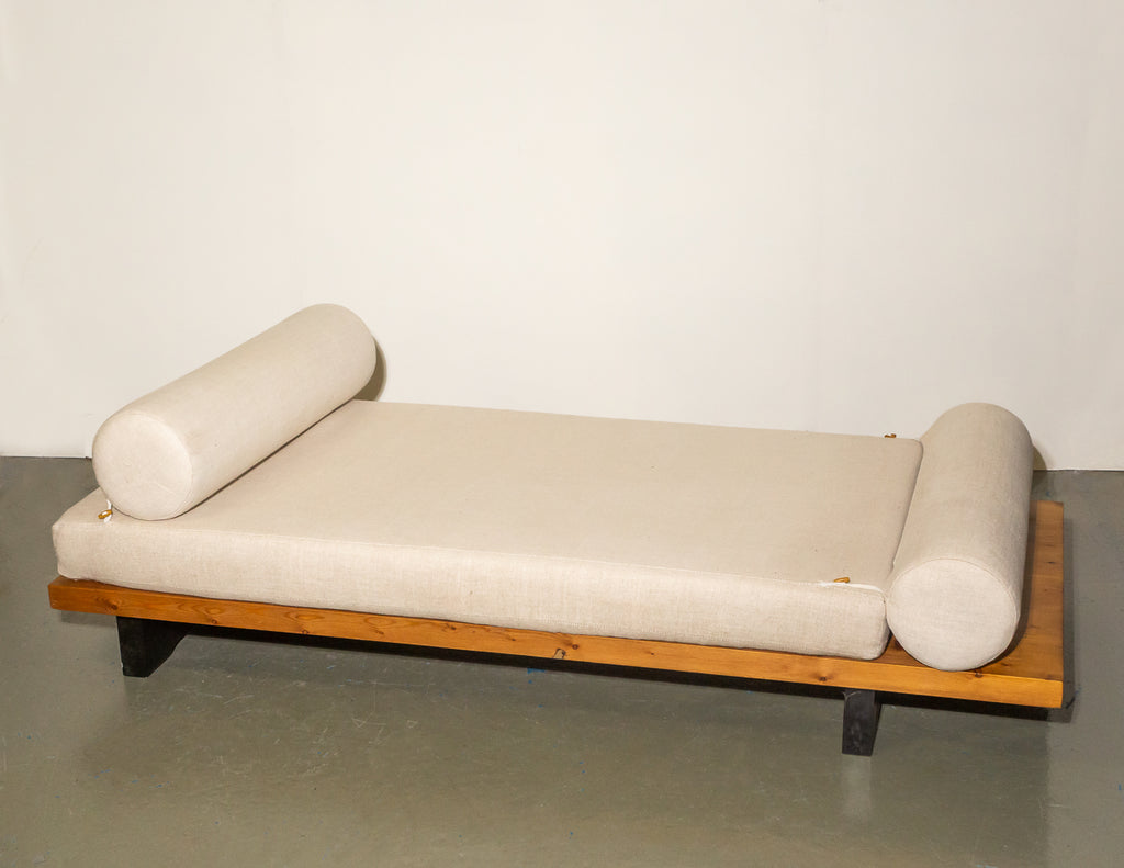 Hill Cross Furniture Daybed