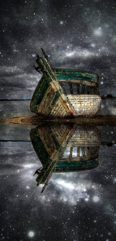 Boat On Water At Night- Full Drill Diamond Painting - Specially ordered for you. Delivery is approximately 4 - 6 weeks.