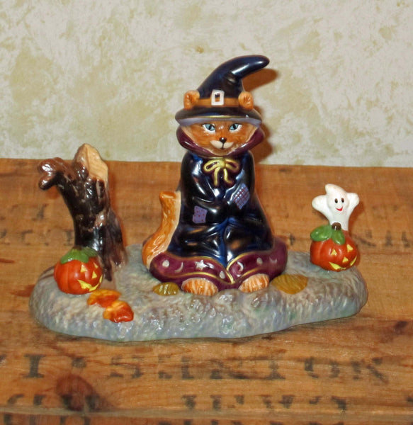 Little Cat Witch Figure & Base