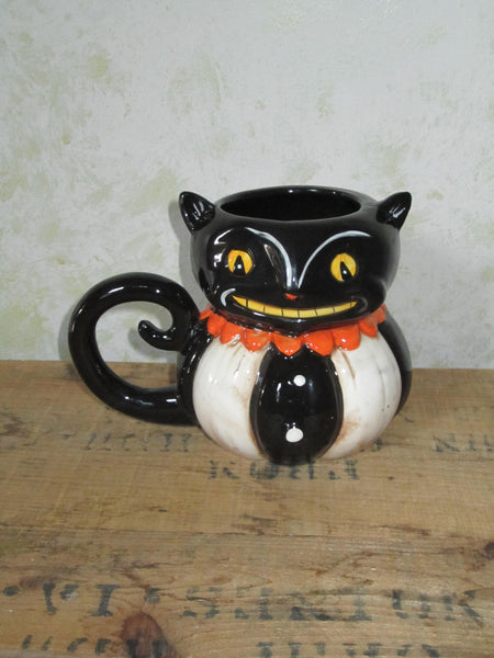 Cute Retro Black Cat Mug