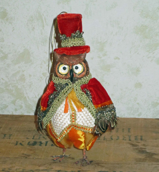 Autumn Wheat Owl Figure - Red
