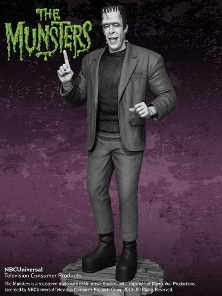 Munsters -  Herman Munster Black & White Maquette