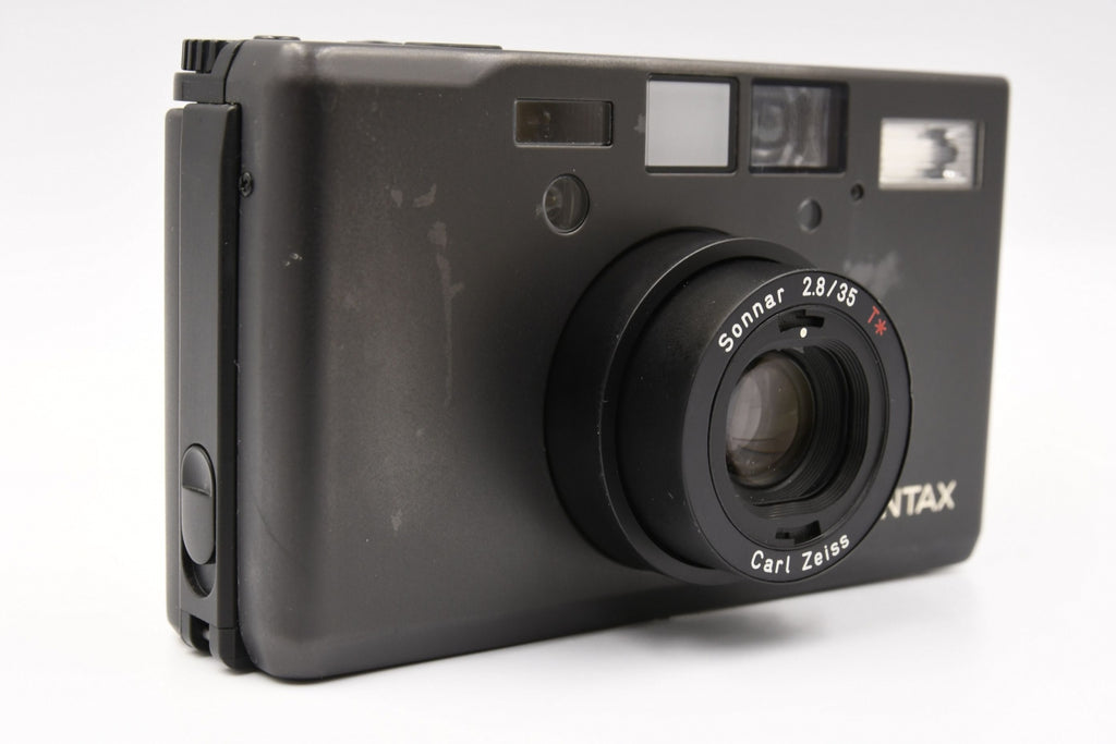 CONTAX T3 Titan Black Early Model SN: 048672