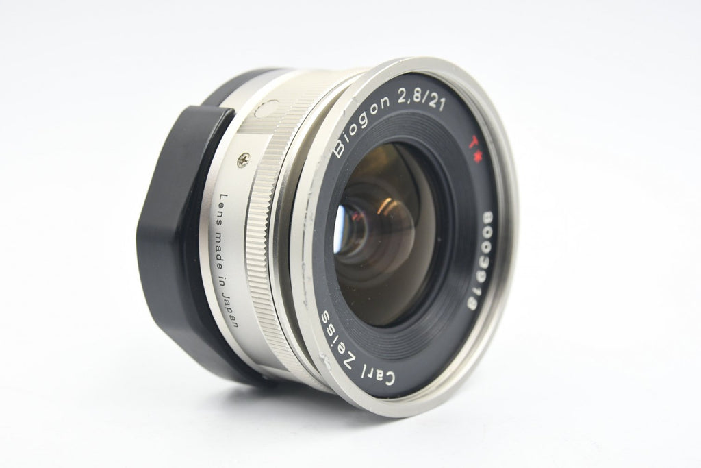 CONTAX Carl Zeiss Biogon 21mm F2.8 T* + GF-21 SN: 8003918
