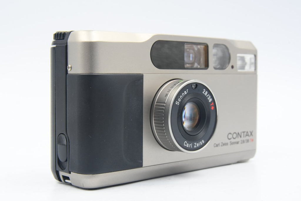 CONTAX T2 Carl Zeiss Sonnar 38mm F2.8 T* SN: 201176