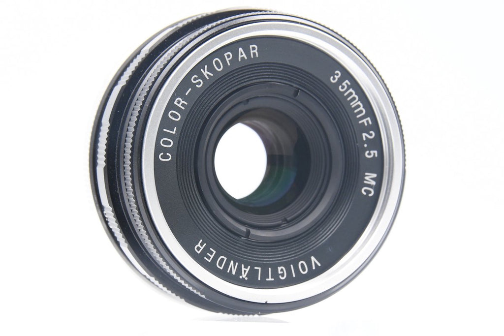 Voigtlander COLOR-SKOPAR 35mm F2.5 MC L39 SN: 9012433