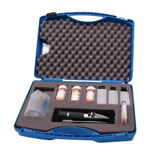 95007866 - Emulsion care case with Refractometer, each