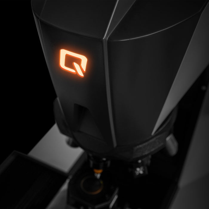 "Illuminated ""Q"" on Qnes 60 EVO head"