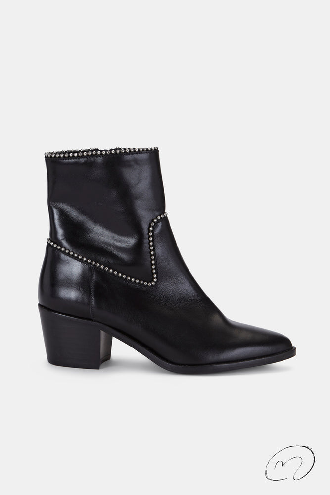 LOLA BOOTS NEGRAS
