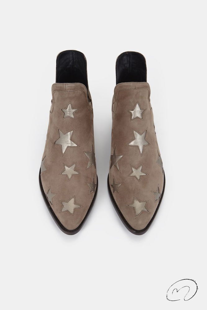 STAR BOOTS BEIGE Y ORO PLATINO