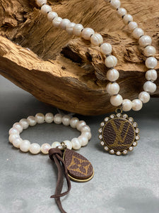 Pearl LV Necklace & Bracelet