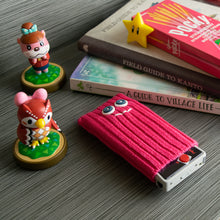 "Load image into Gallery viewer, Game Boy Micro Shifties - ""Gumball"" (Pink)"