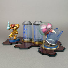 Load image into Gallery viewer, Metroid Off-The-Bottle Amiibo Displai
