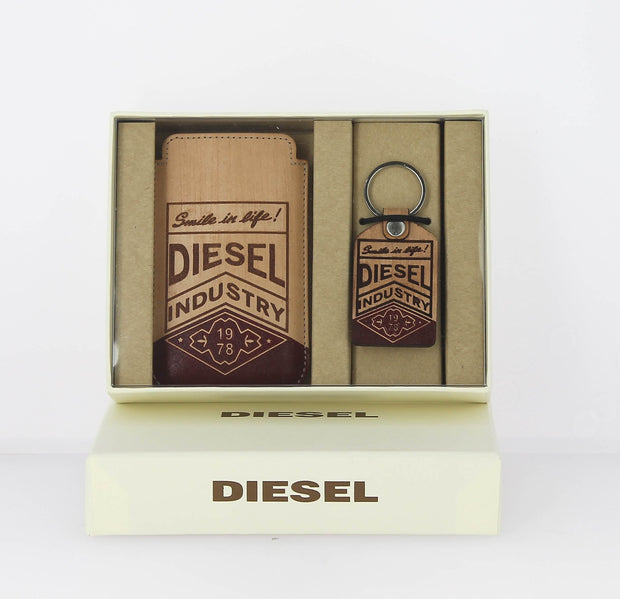 Coffret étui Iphone - porte clés Diesel teky key face