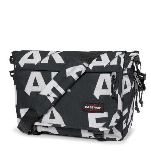 Besace-EASTPAK-Delegate-EK07633K-Type-black face