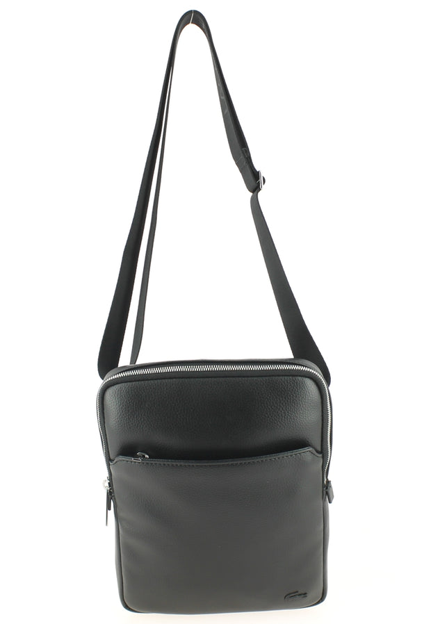 Sacoche LACOSTE Large Flat Crossover Bag Black devant anse