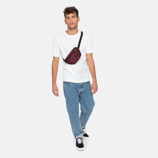 Banane EASTPAK Springer crafty wine porté