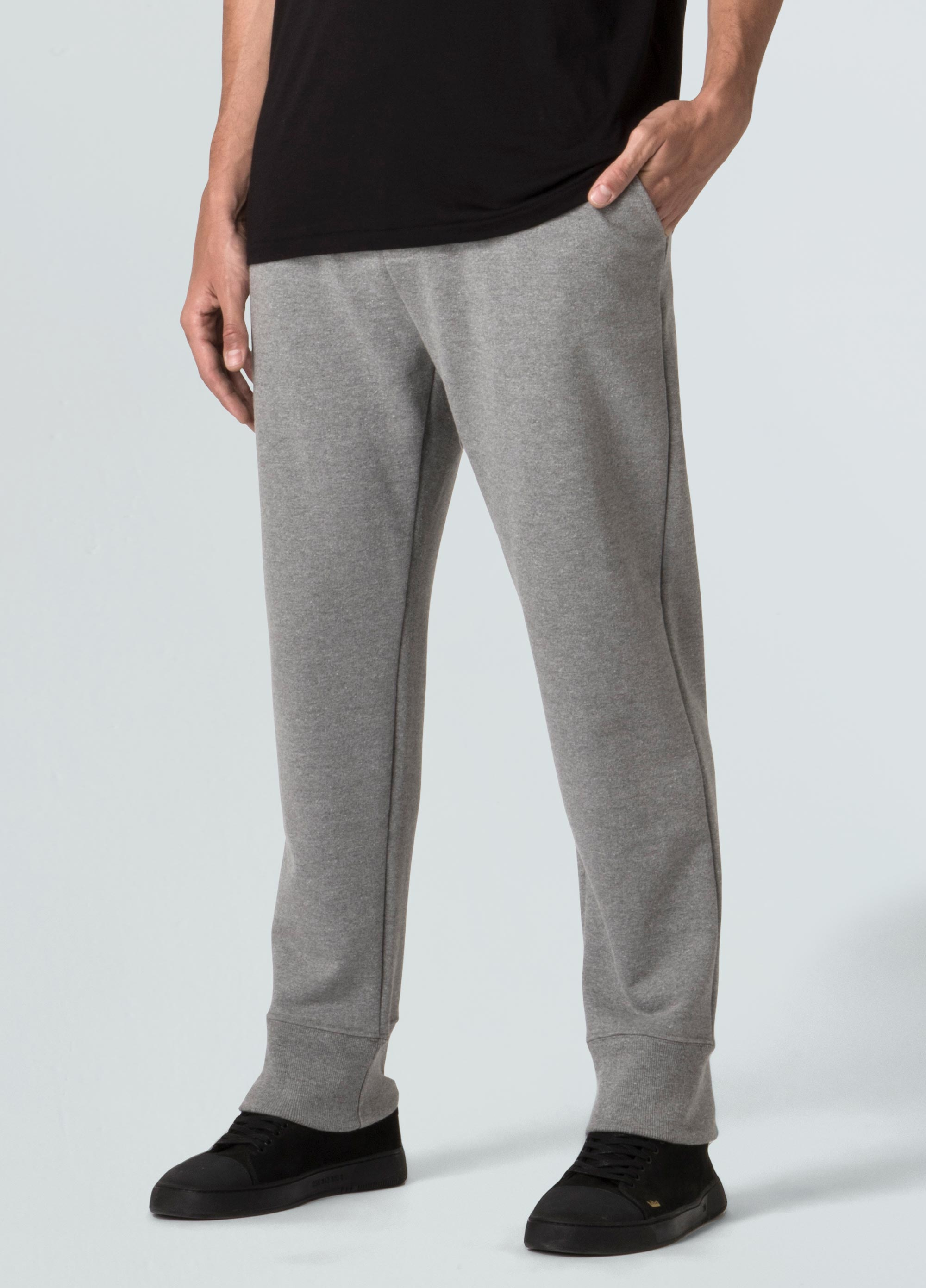 E-Basics Jogging Pants