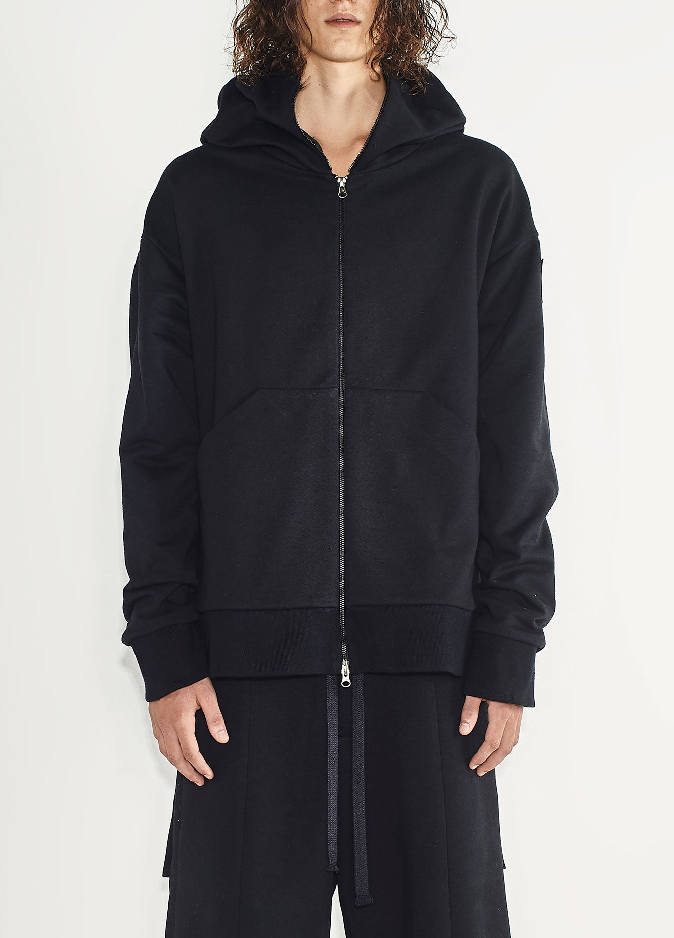 MEN HYBRID HOODED SWEATSHIRT