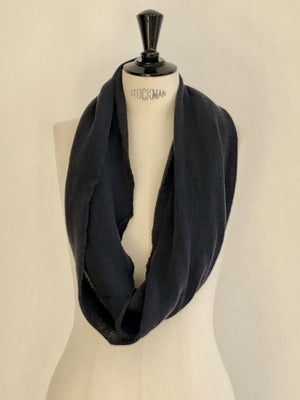 Echarpe infinie Evesome maille mousseuse 100% cachemire - Infinite scarf Evesome 100% cashmere frothy mesh