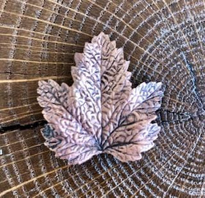 Broche Evesome Feuille de vigne cuivrée - Evesome brooch Copper vine leaf