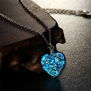 Glowing Necklace Pendant Crystal Heart