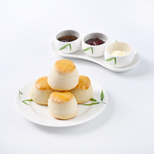 Load image into Gallery viewer, A Set of 4 Scones with Jams and Mascarpone
