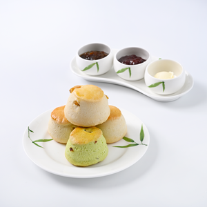 A Set of 4 Scones with Jams and Mascarpone