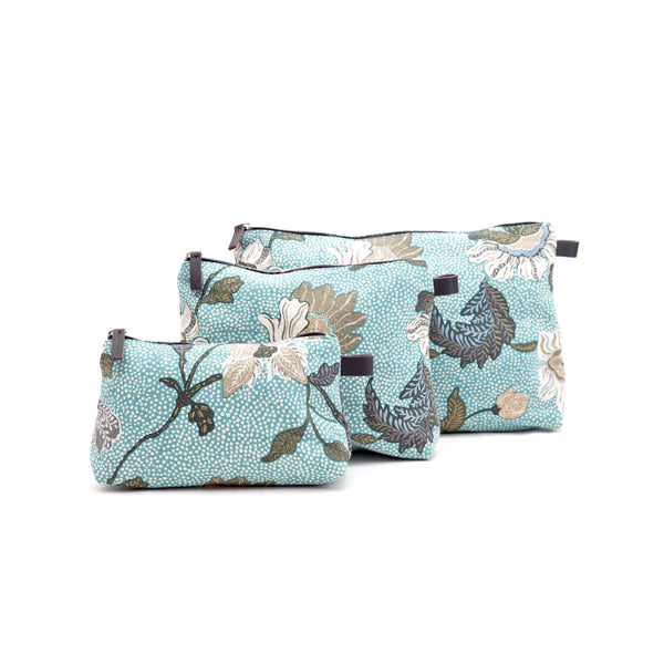 Cosmetic Bag |  Linen | New Dusty Blue Flower - STOCKHOLM