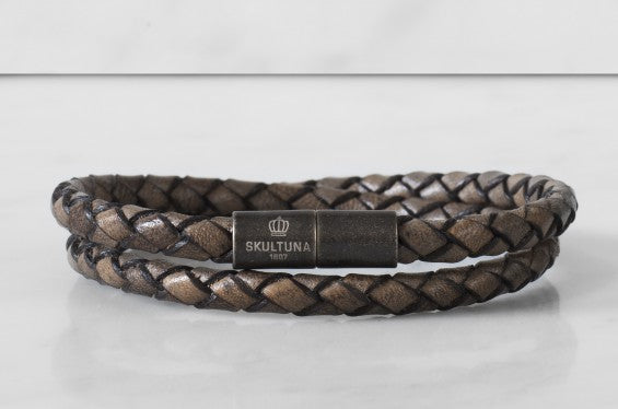 Leather Bracelet | The Stealth Bracelet | Graphite - STOCKHOLM