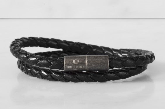 Leather Bracelet | The Stealth Bracelet | Black - STOCKHOLM