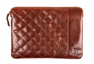 Quilted 13' Sleeve | Brown | Waxed Buffalo Leather - STOCKHOLM