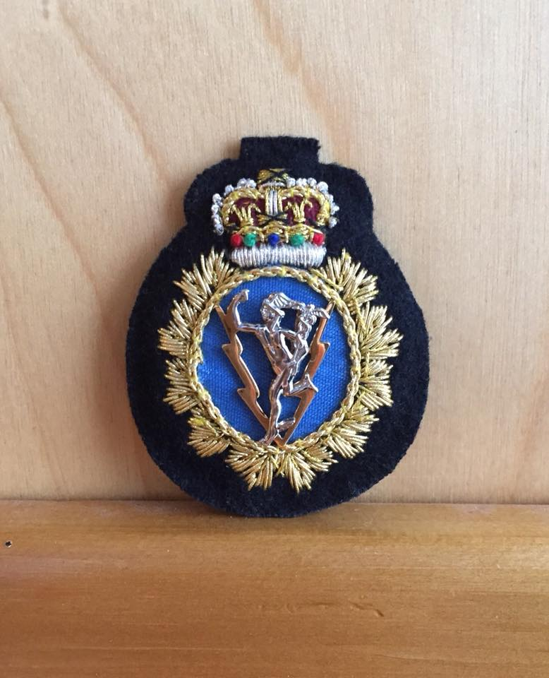 Hat Badge C and E Officer