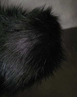 FAUX FUR MUFFLER . BLACK