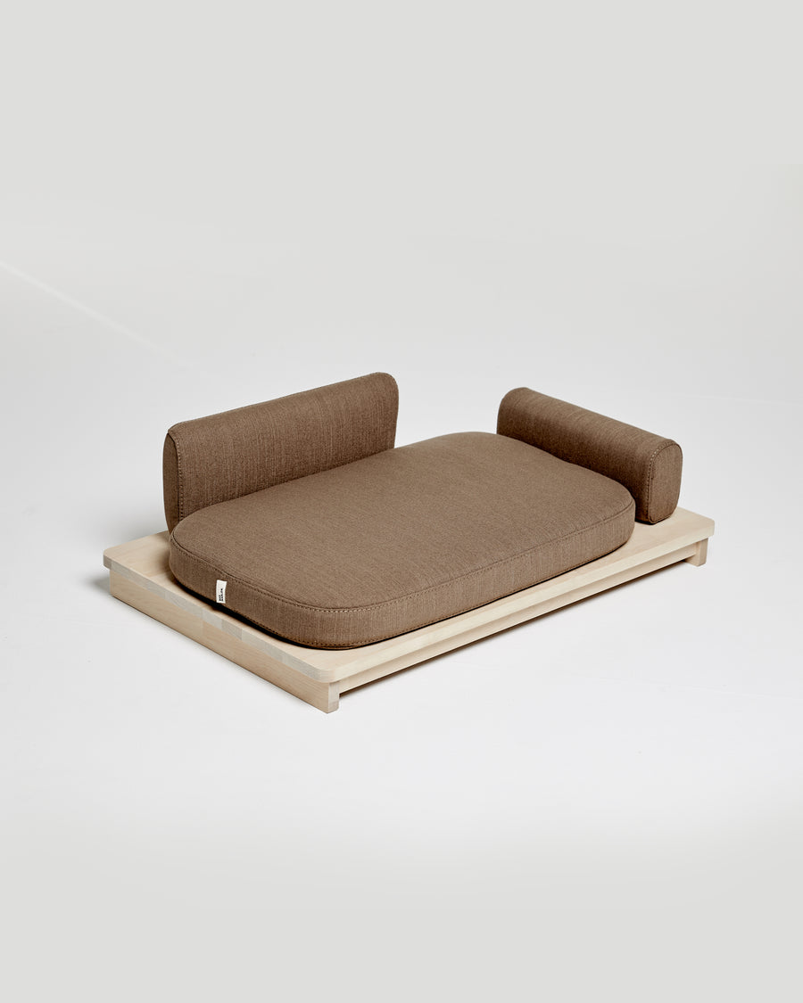 LINDEN DAY BED . BROWN