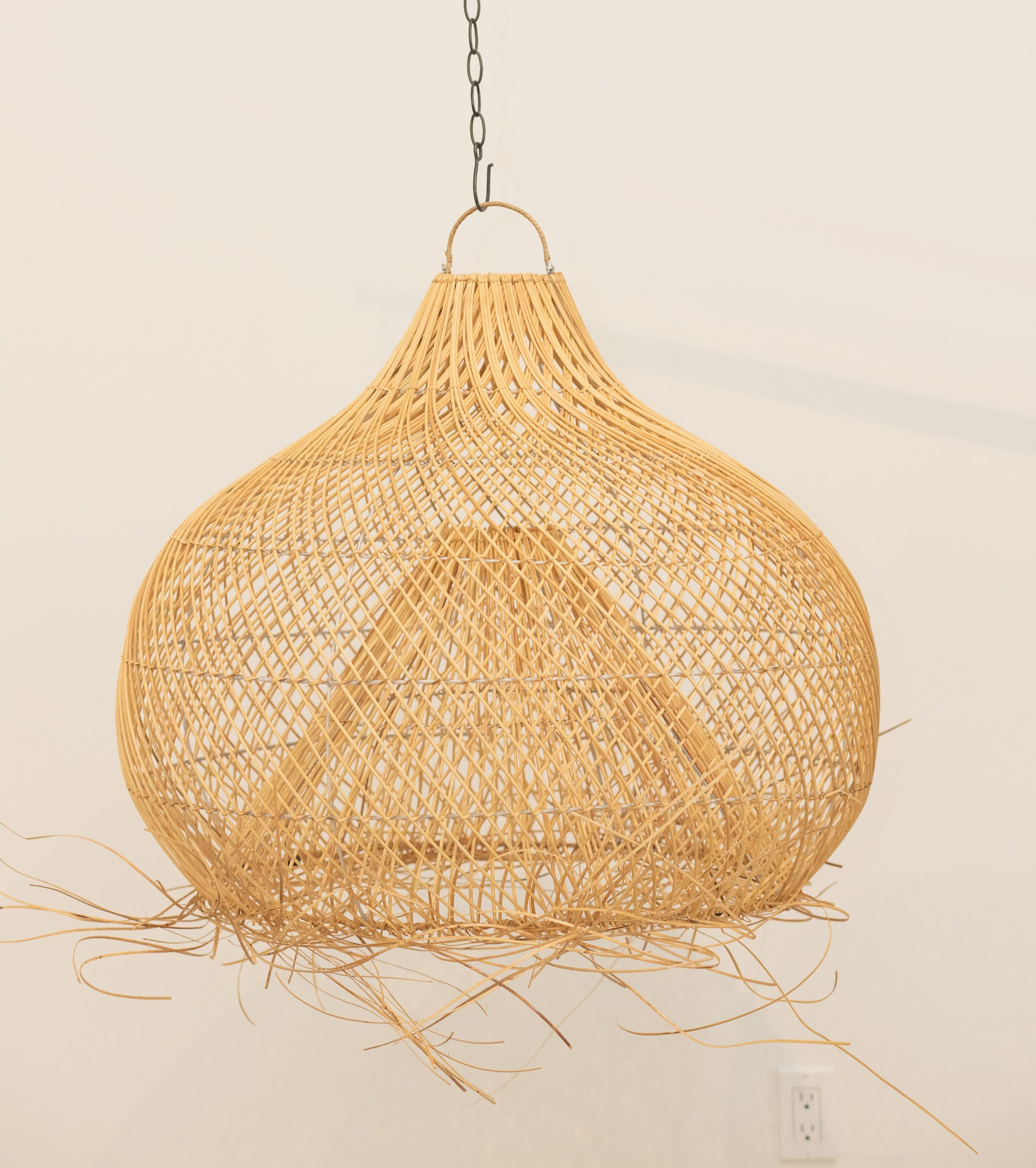 Palm Beach Rattan Tropical Lamp