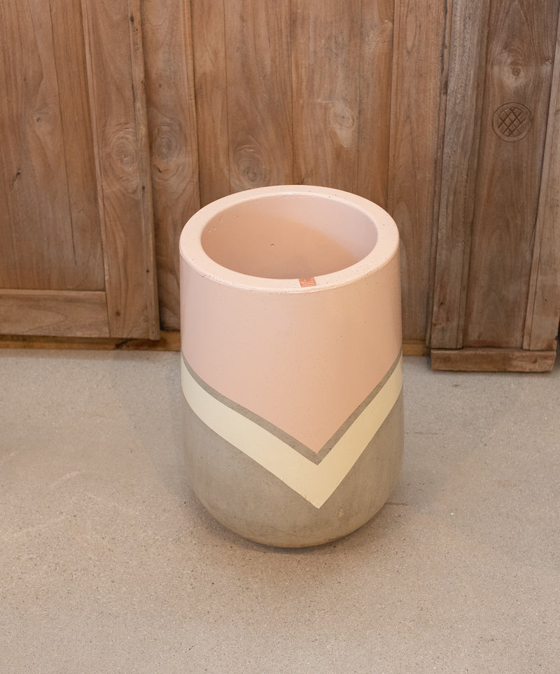 The Rendah Pot Cool Pink  Concrete Planter