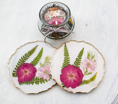 Dried flowers resin geode coasters