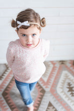 Load image into Gallery viewer, Baby Nylon Headbands with Velvet Bows