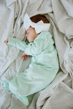 Load image into Gallery viewer, Organic Cotton Swaddle - Ash (light grey)