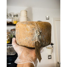 Load image into Gallery viewer, Aged Verdure Matured Cheese - 5-weeks