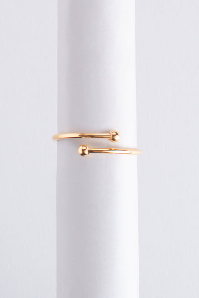 Letter Ring R oro