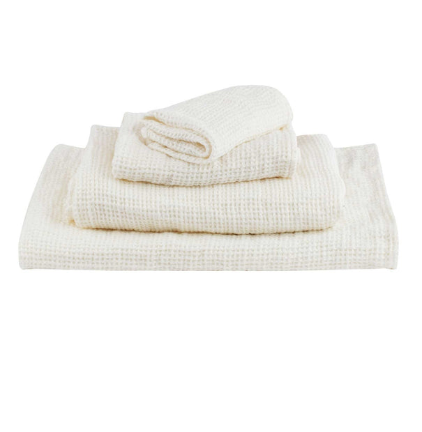 Neris hand towel, natural white, 100% linen